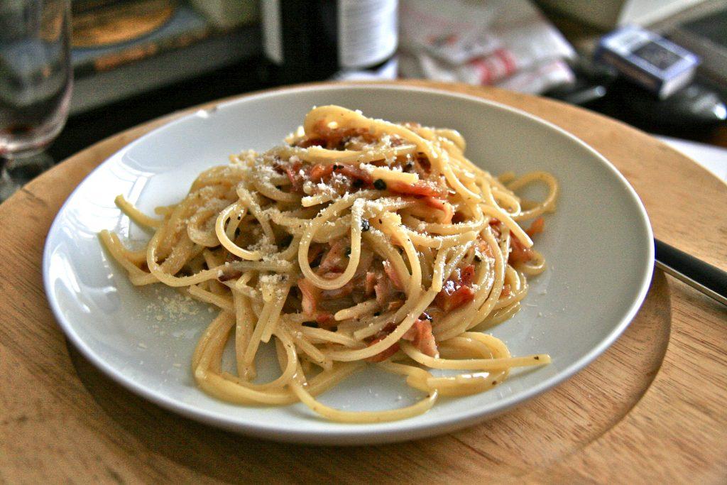 Spaghetti integrali alla carbonara vegan