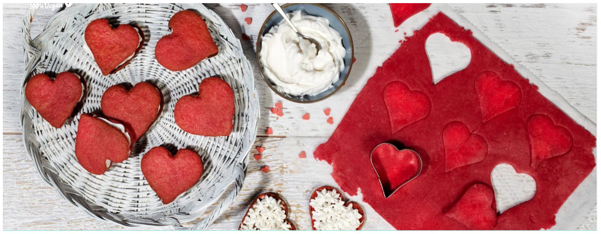 Biscotti di San Valentino in velluto rosso